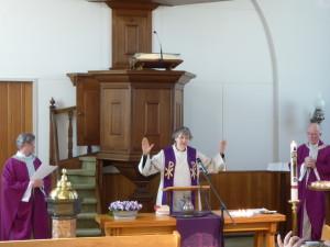 Dienst vanuit de protestantse kerk in Heeze (c) margot van den boer