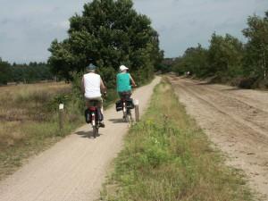 fietsen in de natuur (c) margot van den boer