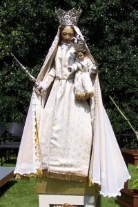 Mariabeeld (c) margot van den boer