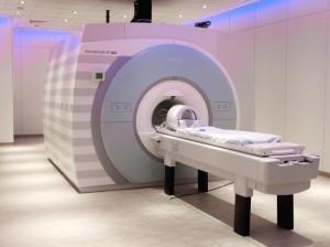 7Tesla MRI