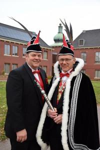Prins Joop d'n 1e (r) met zijn adjudant Friso Kraayvanger