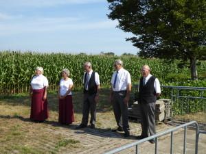 de schutters van links naar rechts: Emmy Guitjens, Rinie Bierings, Hennie Duisters, Frans van Horrik en Karel Bennenbroek (c) margot van den boer